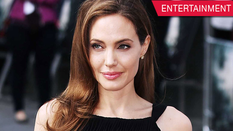 Angelina Jolie is diagnosed with Bell's Palsy – condition that makes her face droop