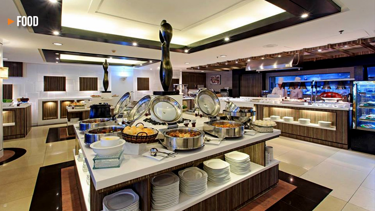 Chow down on Asian cuisine at the Weekend Asian Buffet at Cebu Parklane International Hotel
