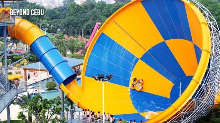 The Largest Waterslide In The Philippines Can Be Found In