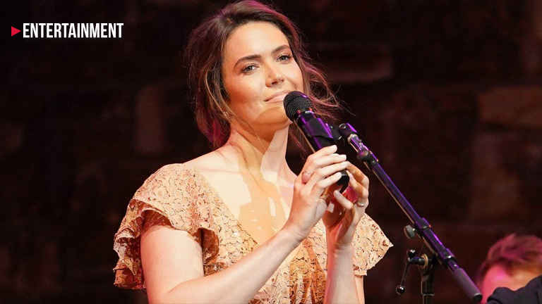 Mandy Moore announces first tour in more than a decade